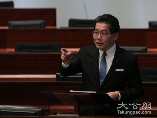 苏锦樑:香港迪士尼仍有相当优势