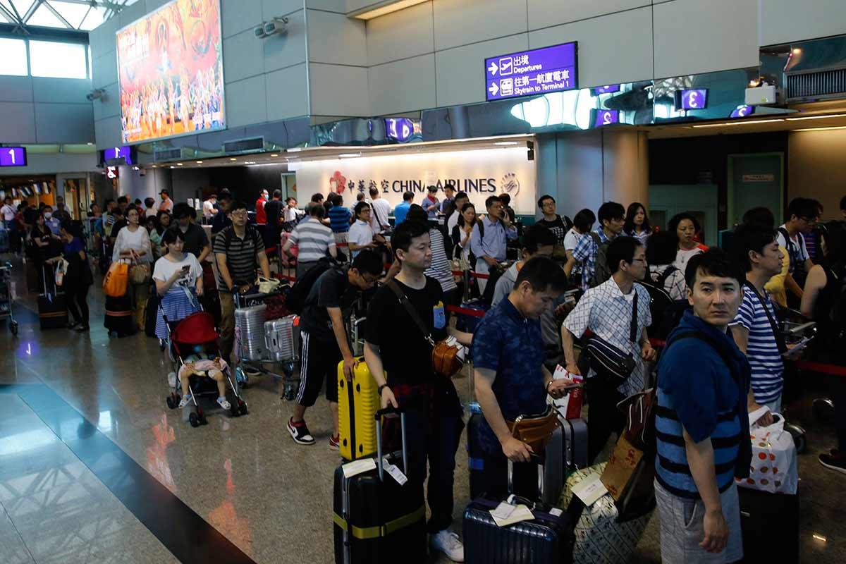 台灣華航空服員罷工 67個航班取消