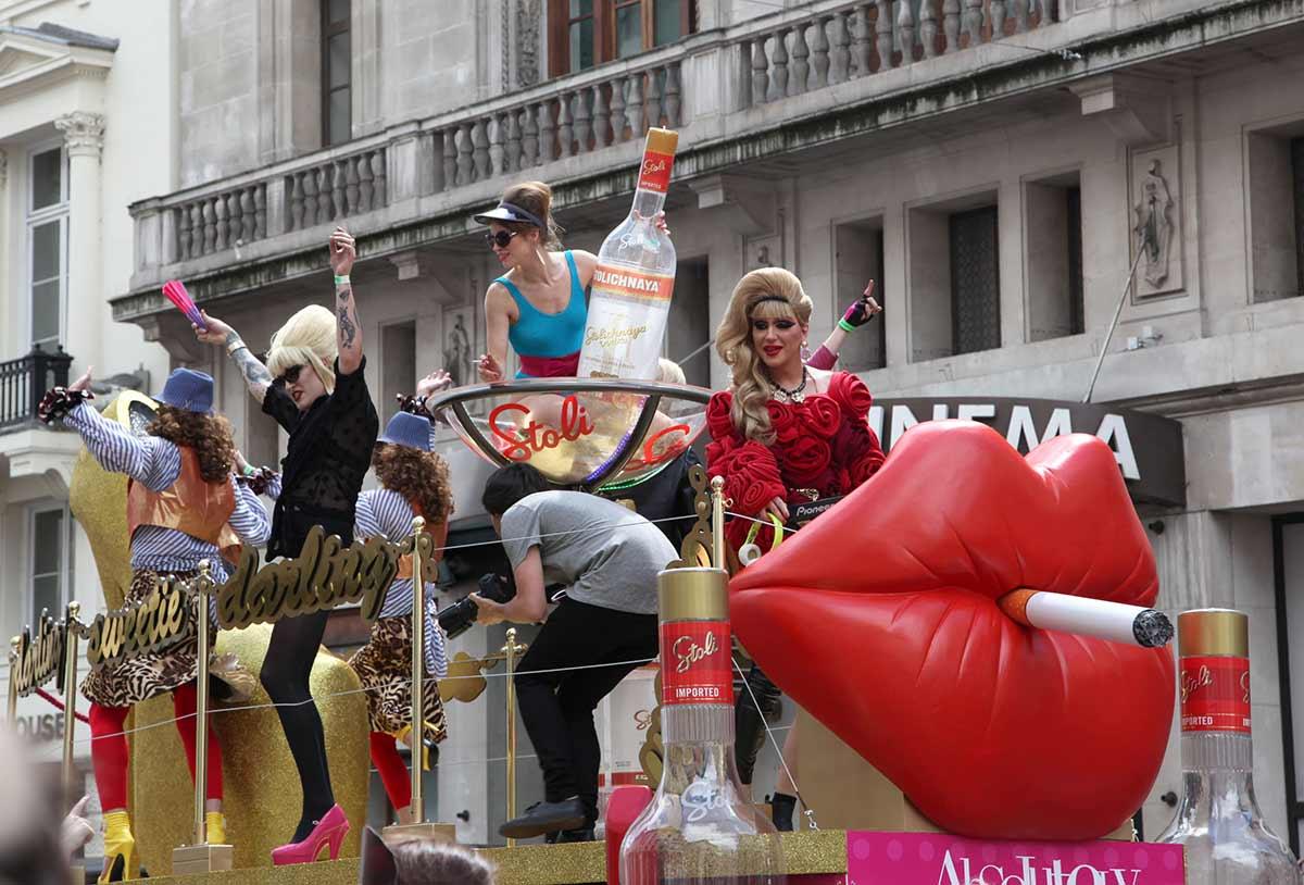 倫敦舉行同性戀大遊行