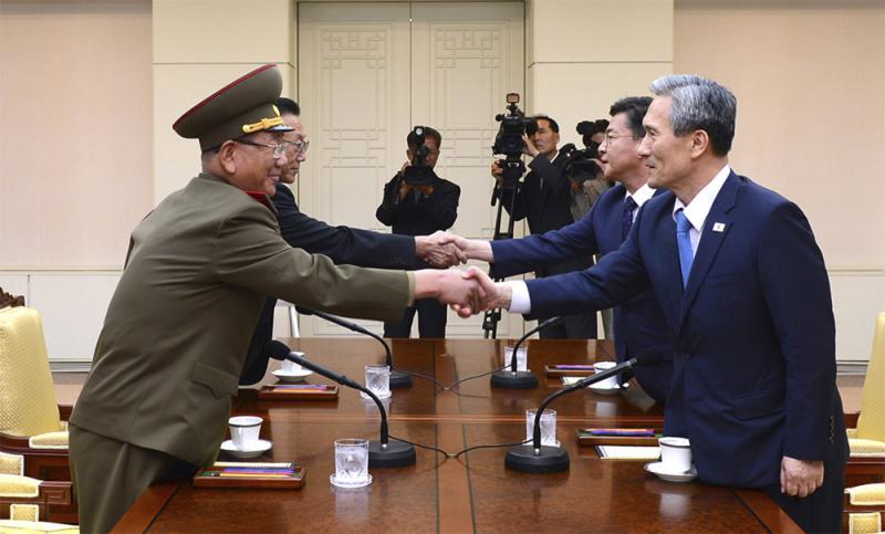 中方则欢迎朝韩高级别会谈的决定,同时希望国际社会对此予以支持,共同