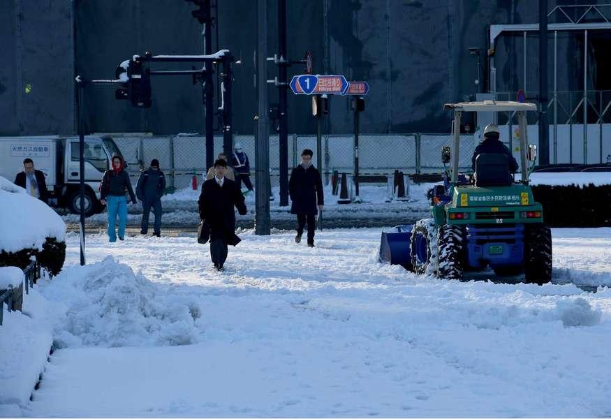 日本气象厅昨天下午2时30分,罕见对东京23区及多摩地方发布大雪