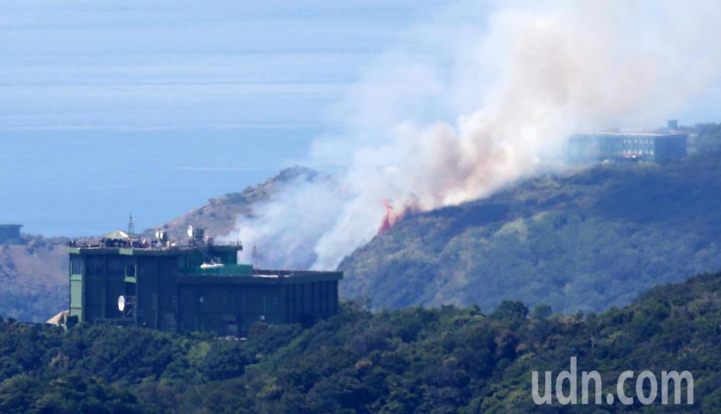 台军演又出意外 靶机发射造成火烧山