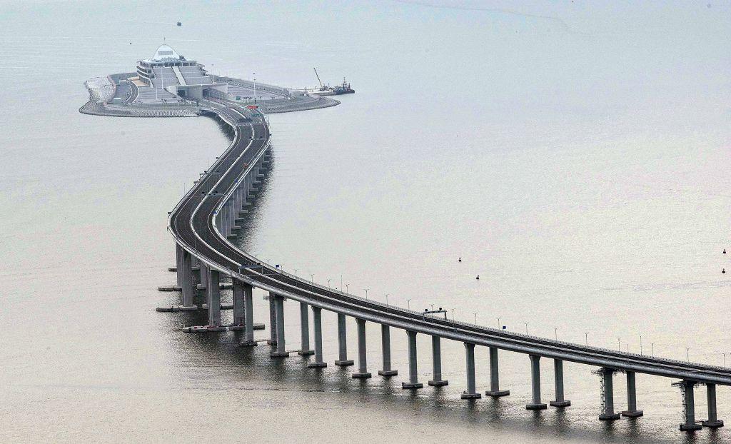 港珠澳大桥将实行人工智能化管理