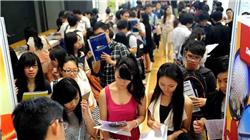 未来5年6%服务性岗位被取代,香港怎么办?