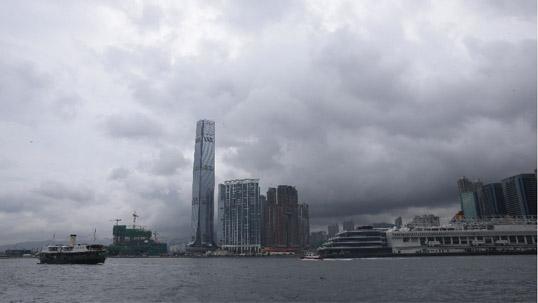 三号强风信号生效 香港幼稚园停课