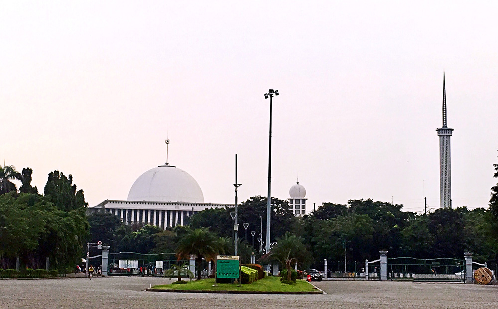 印尼疆域跨洲风光无限 峇里文化引人入胜