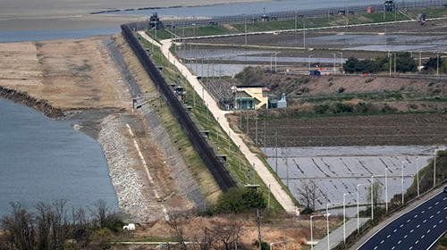 ?韓非軍事區農地變搶手貨