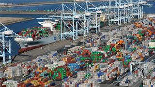 美国公布对华商品加税清单 中方:将立即同等回应