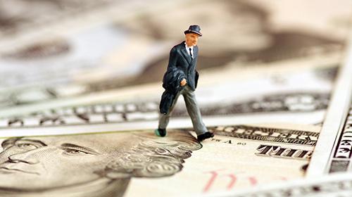 美方威胁制定征税清单 商务部:中方将采取综合措施