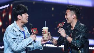 """谢霆锋加盟《中国新歌声》当导师 向""""前辈""""周杰伦送奶茶"""