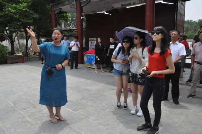 64岁河南妇女28年坚守古祠 传扬木兰精神