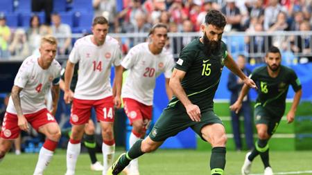 丹麦对澳大利亚 1:1平手各积一分
