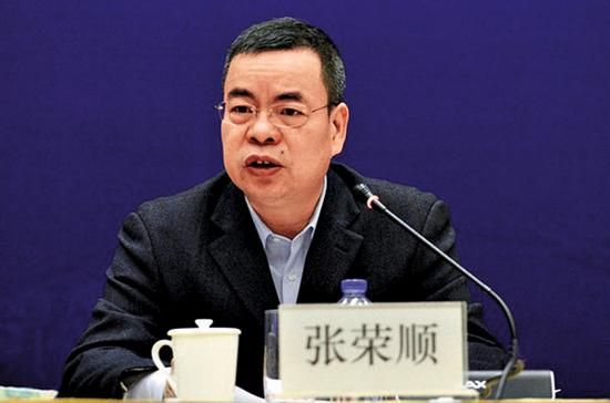 国务院任免国家工作人员 张荣顺任澳门中联办副主任