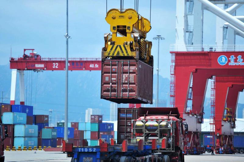中美贸易战开火 学者:应发挥财政政策的作用