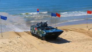 国际军事比赛海上登陆赛:中国队揽所有项目冠军