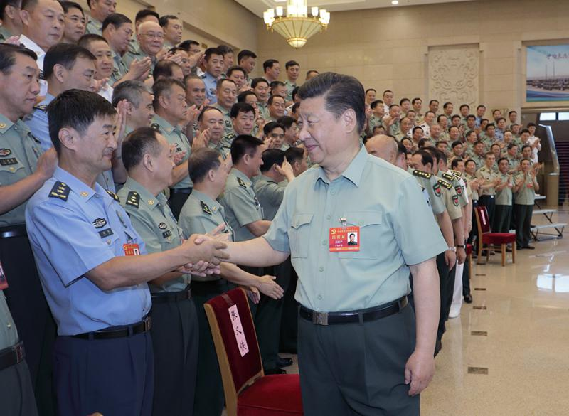 重点培养看得準的军事人才