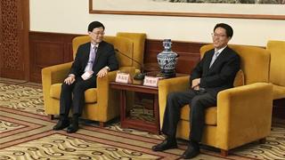 张晓明会见香港纪律部队访京团
