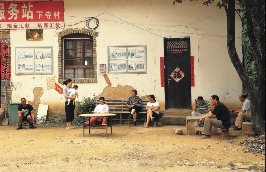 比乌镇人少,比周庄古早,嵩县这座小镇藏着最田园诗意的慢生活!