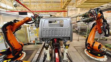 上月官方制造业PMI跌至年内次低 财新PMI险守荣枯线