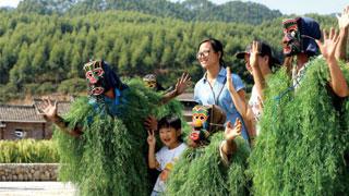 国庆假期前四天旅游收入4169亿 增8.1%