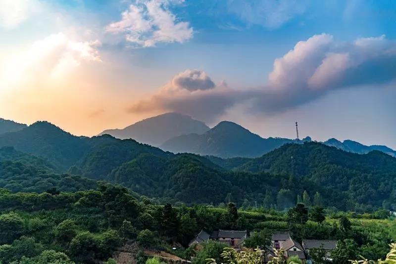 夜阑观星,山居看云.…你想要的风景都藏在嵩县这里!