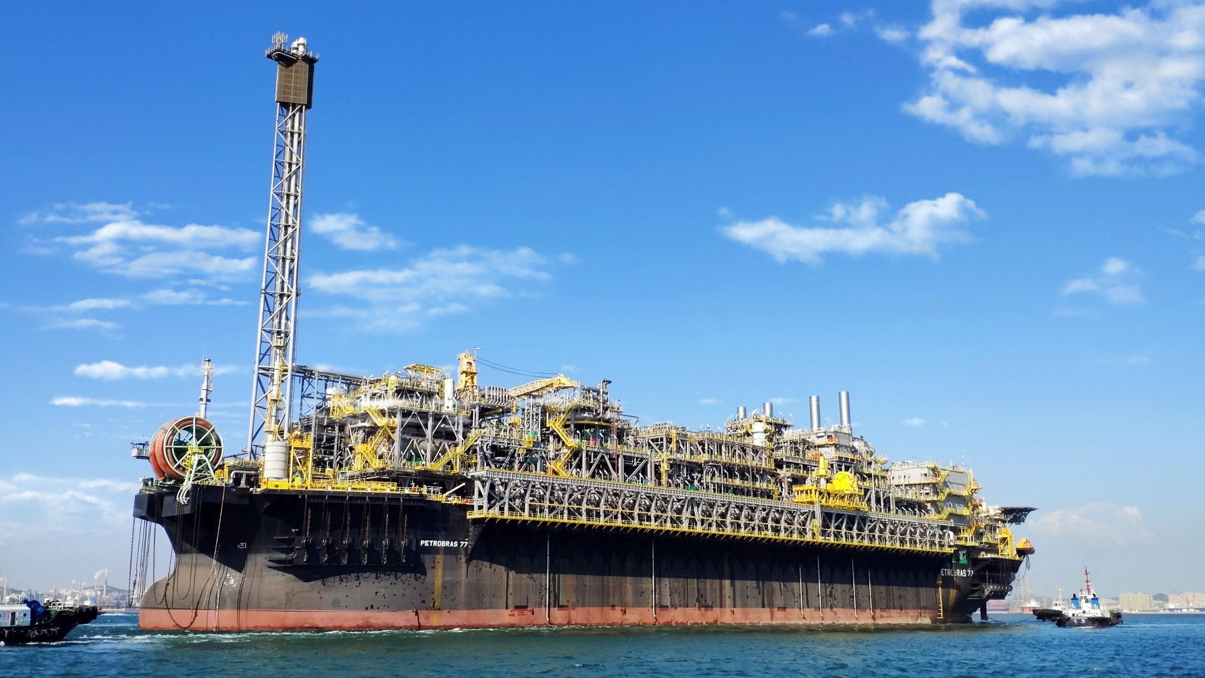 国产海上浮式生产储油卸油船交付巴西