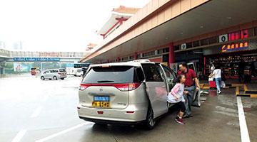 4000跨境白牌车揾乘客较飞 议员倡增配额应付需求