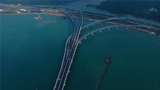 港珠澳大桥三地委主席:大桥共建共管机制运行高效管用