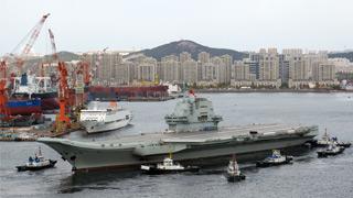 国产航母第三次海试 海军89号综合保障船首次共同出海
