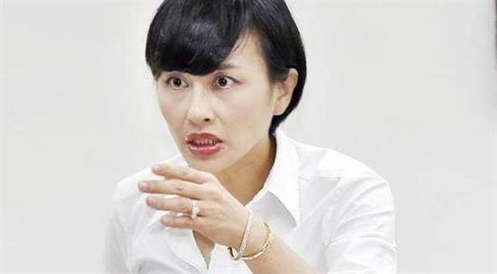 """民进党""""立委""""自比金庸笔下小龙女?网友:小聋女"""
