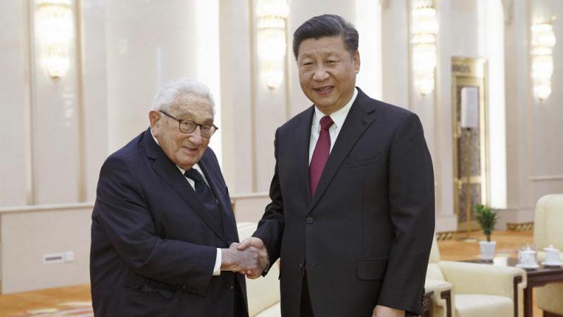 习近平会晤基辛格:吁中美双方准确判断彼此战略意图