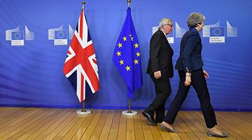 欧盟峰会通过英脱欧协议 反对者斥如铁达尼撞冰山