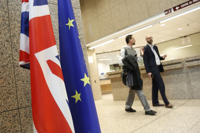 英国脱欧软着陆 利英镑制约欧元