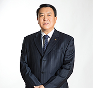 北汽集团董事长、北汽股份有限公司董事长徐和谊