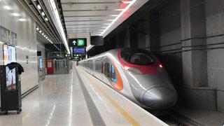 港人有望电邮买内地高铁票 香港段载客逾340万人次