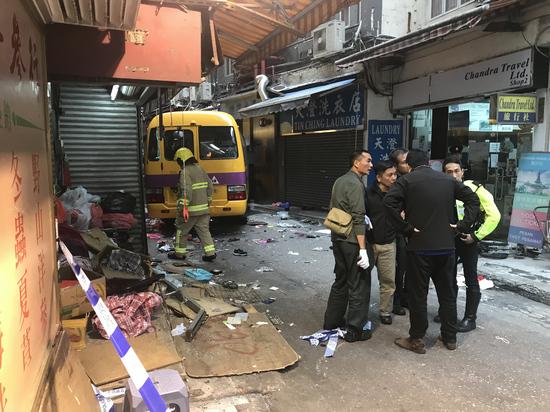 香港北角车祸 死亡人数增至3人 5人危殆图片 190814 550x412