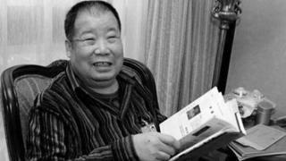 """著名作家二月河在京病逝 曾谈腐败是社会""""糖尿病"""""""