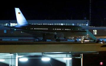 默克尔因专机故障G20迟到 德国防长:打算买架新机