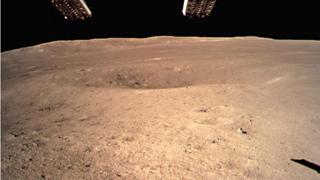玉兔二号巡视器继续月背行走 嫦娥四号部分有效载荷开机工作