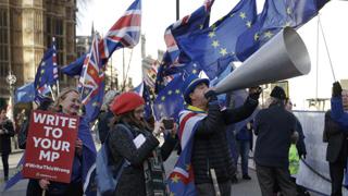 英脱欧协议被指过关希望渺茫 工党拟提不信任动议提前大选