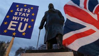 """脱欧协议在英议会遭""""百年未遇""""惨败 工党提不信任案""""二次公投""""呼声涨"""