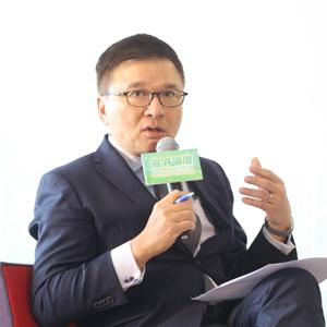 前特區政府財經事務及庫務局局長、現香港科技大學商學院教授陳家強先生
