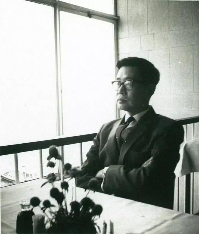 从《香港文学》看香港文学(一)/赵稀方