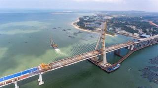 海南岛打造3小时交通生活圈基本成型