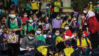 ?曼谷雾霾迷城 437学校停课