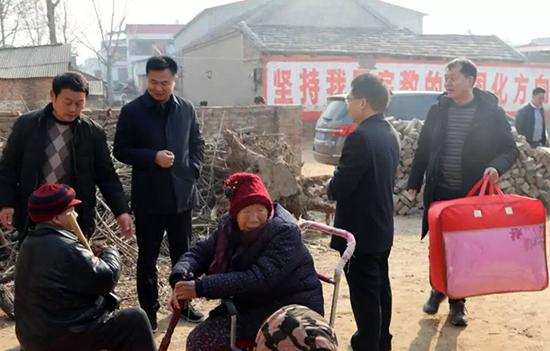 中牟文广旅遊局开展春节走访慰问活动