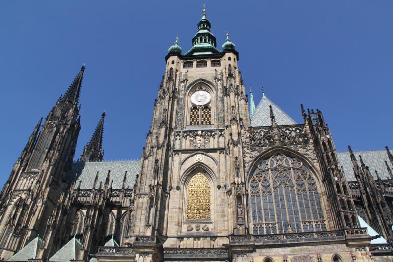 布拉格探千年教堂