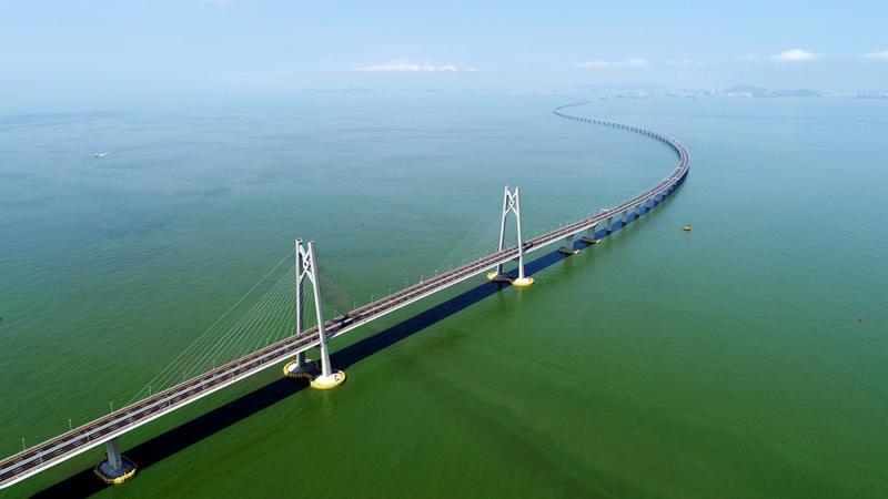 以更好发挥港珠澳大桥作用.图为无人机航拍港珠澳大桥/资料图片-