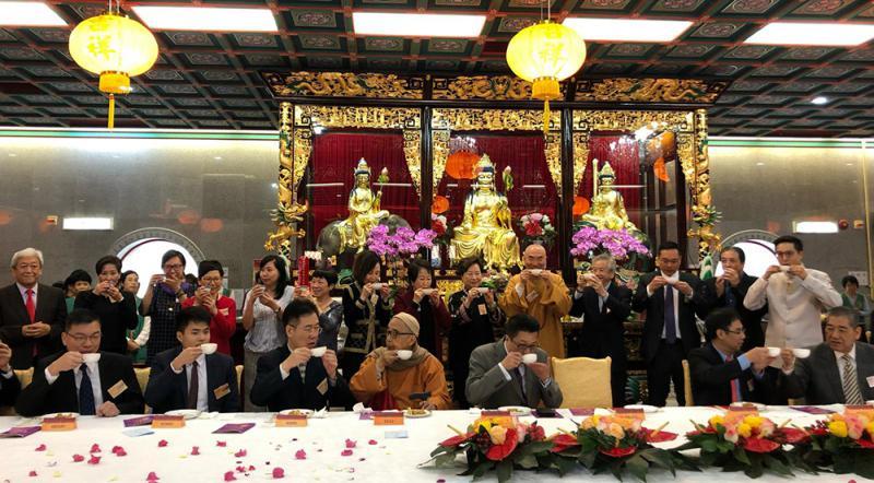 张强冀西方寺加强两地佛教交流