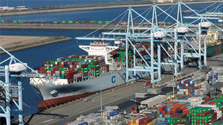 欧盟官员:如美国对汽车加征关税 将叫停双边贸易谈判